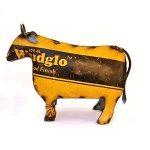 toro de decoración diseñado en metal reciclado